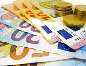 Bargeld Euro Scheine und Münzen